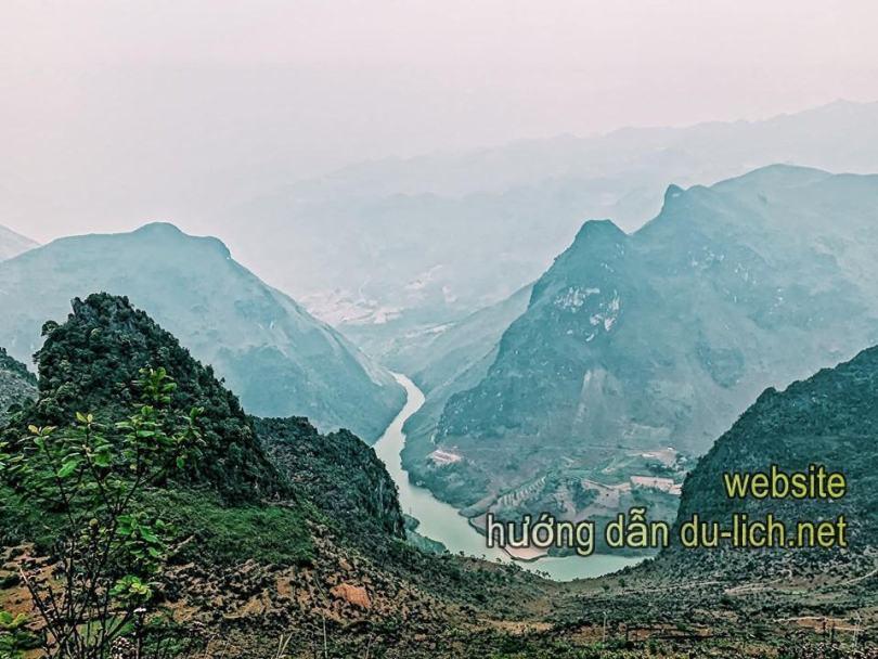 Đèo Mã Pì Lèng & dòng sông Nho Quế