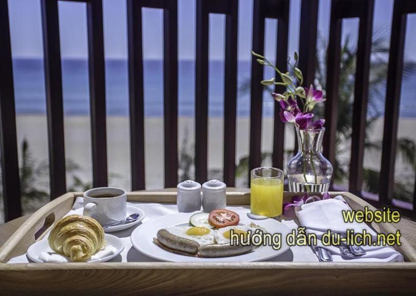 Kinh nghiệm đặt phòng Đà Nẵng: Centara Sandy Beach Resort Da Nang (4)