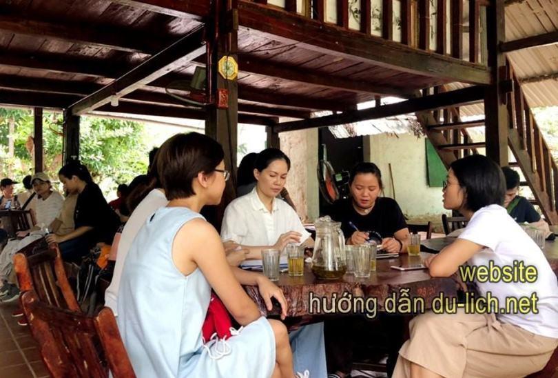 Nghỉ trưa, ăn uống tại Nhất Lâm Thủy Trang Trà (2)