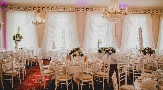 chair cover hire sussex pembrook corp chiavari looking for an alternative to covers or the chairs supplied by venue our elegant your wedding event