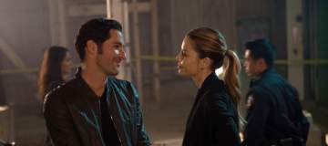 """LUCIFER: L-R: Tom Ellis and Lauren German in the """"Manly Whatnots"""" episode of LUCIFER airing Monday, Feb. 15 (9:00-10:00 PM ET/PT) on FOX. ©2016 Fox Broadcasting Co. CR: Michael Courtney/FOX"""