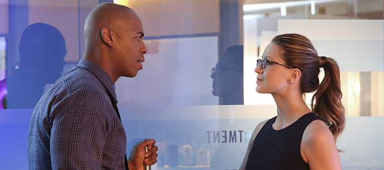 """Better Angels"" -- Supergirl (Melissa Benoist, right) is forced to do battle with an unexpected foe and must risk everything -- including her life -- to prevent Non and Indigo from destroying every person on the planet, on the first season finale of SUPERGIRL, Monday, April 18 (8:00-9:00 PM, ET/PT) on the CBS Television Network. Also pictured: Mehcad Brooks (left) Photo: Cliff Lipson/CBS ©2016 CBS Broadcasting, Inc. All Rights Reserved"