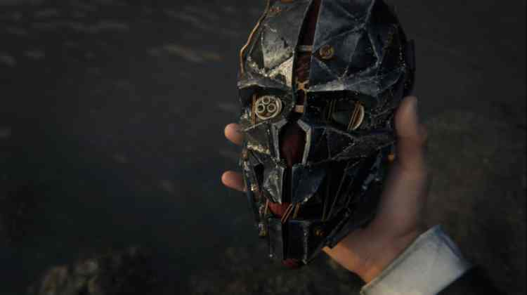 Mask_Trailer_Still_1434319226