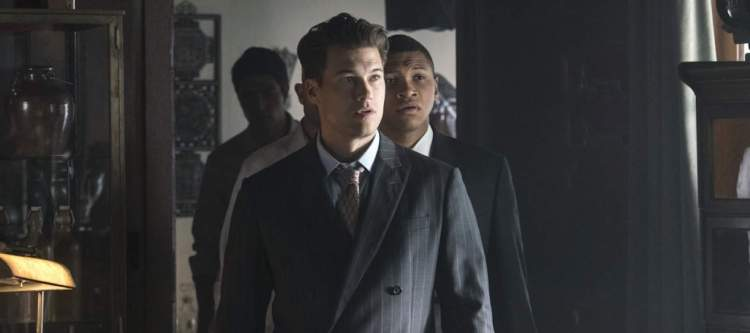 """DC's Legends of Tomorrow --""""The Justice Society of America""""-- Image LGN202b_0106.jpg -- Pictured (L-R): Nick Zano as Nate Heywood and Franz Drameh as Jefferson """"Jax"""" Jackson -- Photo: Katie Yu/The CW -- © 2016 The CW Network, LLC. All Rights Reserved."""