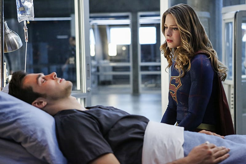 "Supergirl -- ""Medusa"" -- Image SPG208b_0143 -- Pictured(L-R): Chris Wood as Mike/Mon-El and Melissa Benoist as Kara/Supergirl -- Photo: Bettina Strauss/The CW -- © 2016 The CW Network, LLC. All Rights Reserved"