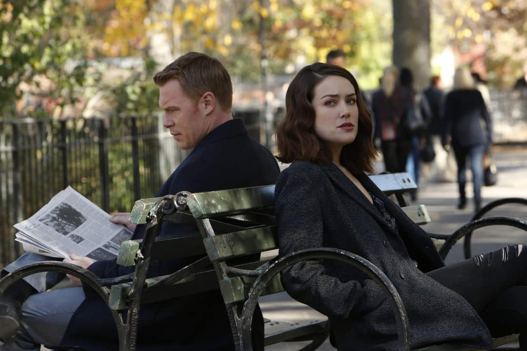 """Photo from the episode """"The Harem"""""""