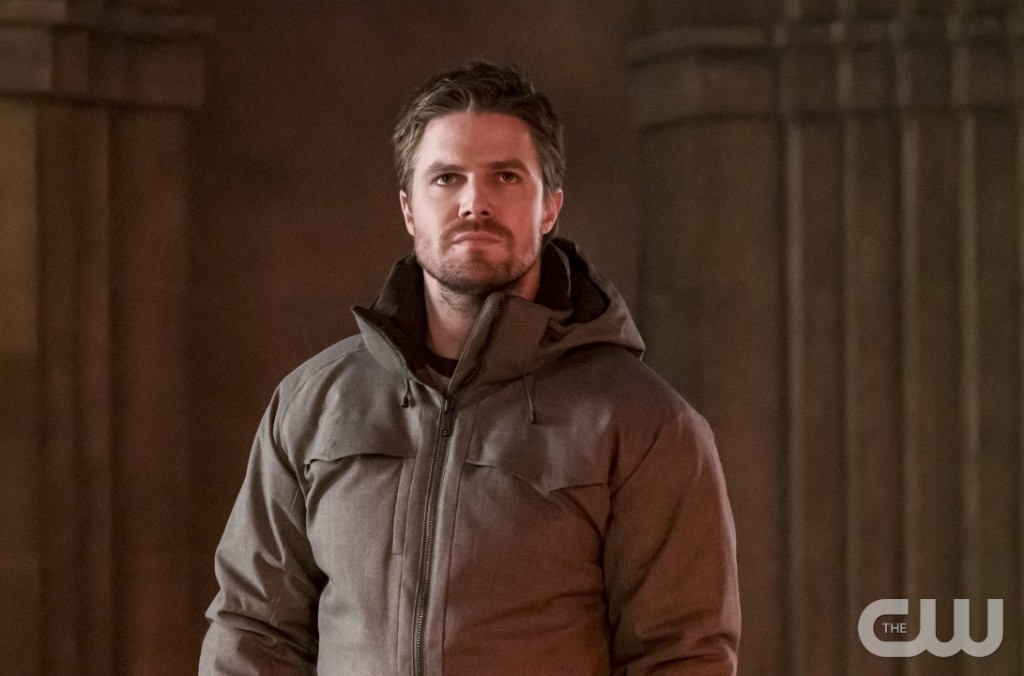 """Arrow -- """"Checkmate"""" -- Image AR516a_0171b.jpg -- Pictured: Stephen Amell as Oliver Queen -- Photo: Katie Yu/The CW -- © 2017 The CW Network, LLC. All Rights Reserved."""