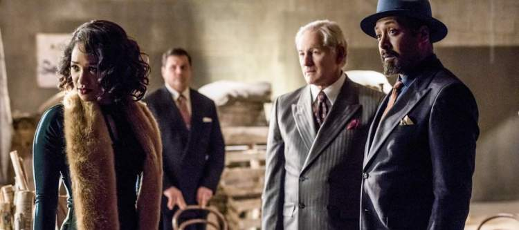 "The Flash -- ""Duet"" -- FLA317c_0544b.jpg -- Pictured (L-R): Candice Patton as Iris West, Victor Garber as Professor Martin Stein and Jesse L. Martin as Detective Joe West -- Photo: Jack Rowand/The CW -- © 2017 The CW Network, LLC. All rights reserved."