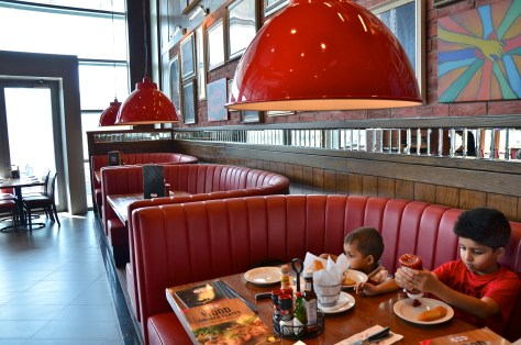 TGI Fridays interior - Dubai Mall