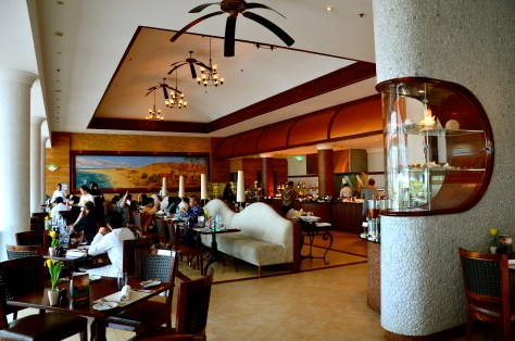 Tides Restaurant at Danat Jebel Dhanna Resort