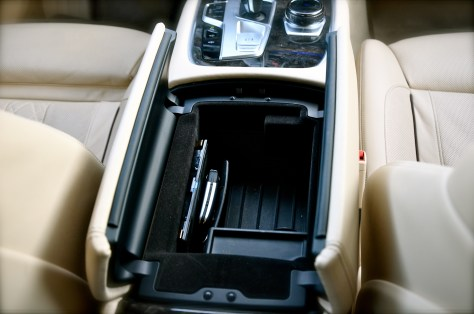BMW display key get's charged wirelessly in here