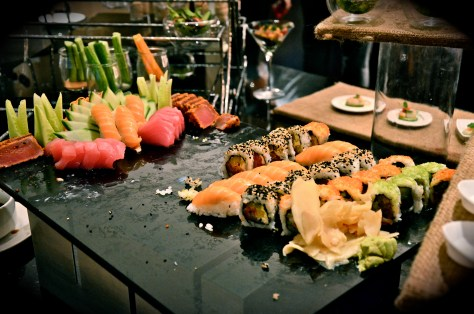 Executive Lounge - Pre-dinner sushi and canapes - 18:00 to 20:00 hours
