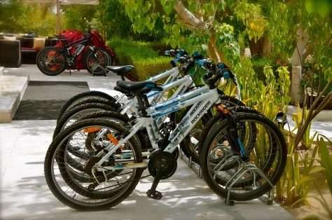 Free bicycles for guests of Desert Palm Per Aquum