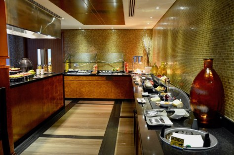 Dusit Thani Club Lounge Buffet section