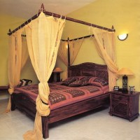 Bed Curtains in Dubai & Across UAE Call 0566-00-9626