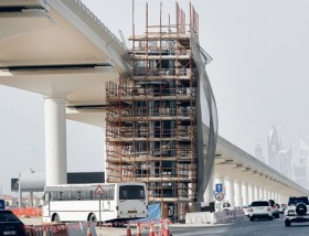 Emergency stairs are being constructed between Dubai Metro stations that connect Interchange 3 and Interchange 4 on Shaikh Zayed Road.