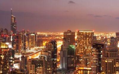 Fehér pontokért hajtanak Dubai-ban