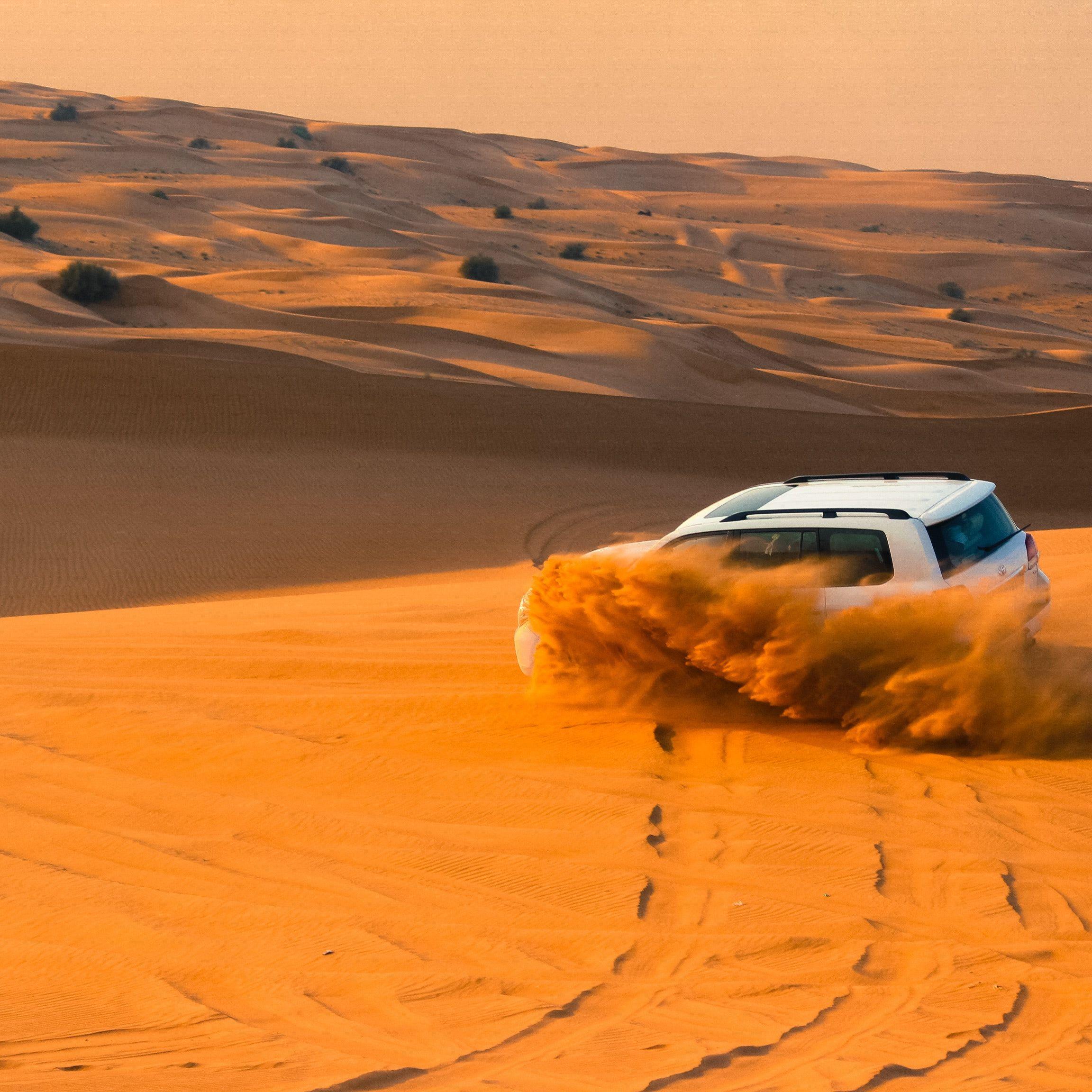 Dubai sivatagi szafari terepjáróval vacsorás program
