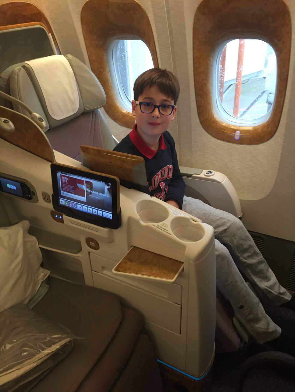 Budai Marci és Feri 2017 december - Emirates businessen