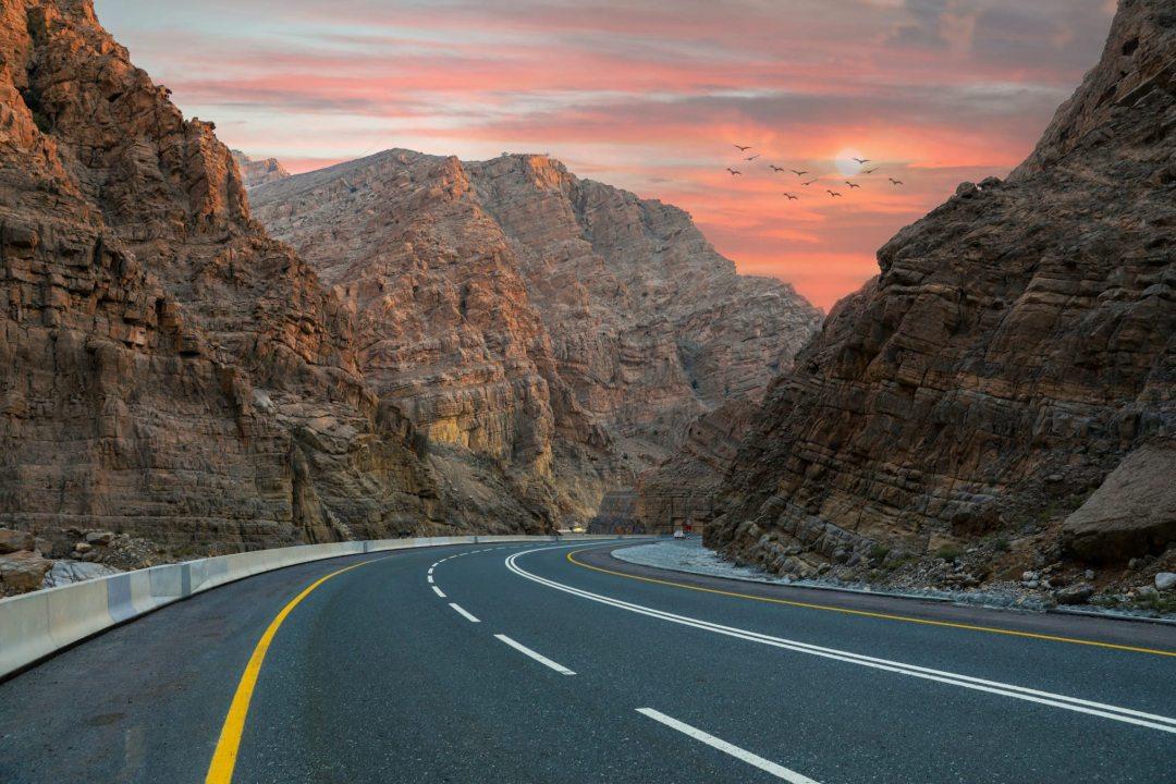 Jebel Jais - drámai hegyek az ország északi csücskében
