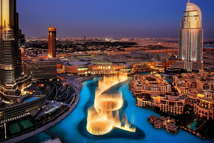 Dubai Fountains - Free Things To Do in Dubai