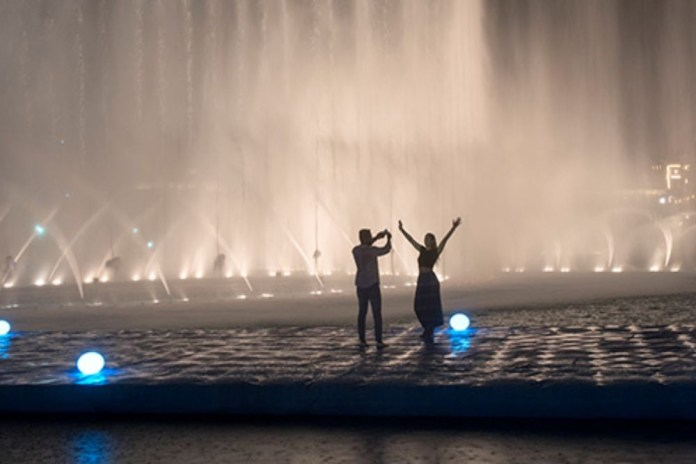 Dubai Fountain Boardwalk - Romantic Places in Dubai