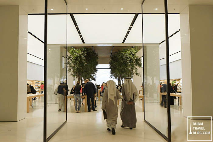 apple shop mall of emirates