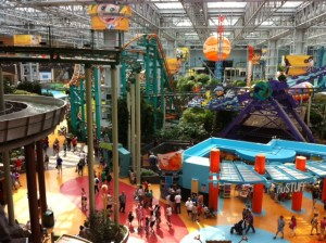 Beat this Dubai! A theme park in a mall, at the Mall of America