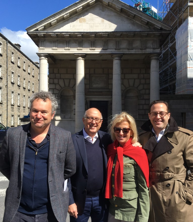 Arran Henderson speakin about Georgian architecure in Trinity College with guests, on a recent Dublin Decoded Tour