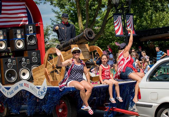 Dublin Ohio USA  Independence Day Parade Decorating Contest