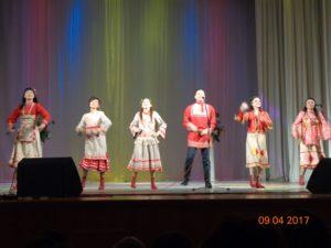 ансамбль дубрава танцует