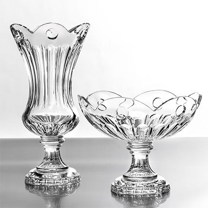 DUCALE VASO E CENTROTAVOLA TAGLIO COSTE E FIORI   Ducale Vase and Centrepiece Coste & Holes Cut H 60 cm ø 40 cm