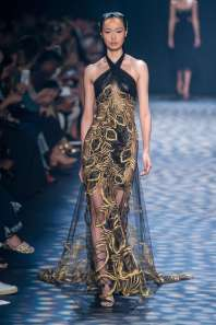 marchesa-catwalks-spring-summer-2017-new-york-womenswear-014