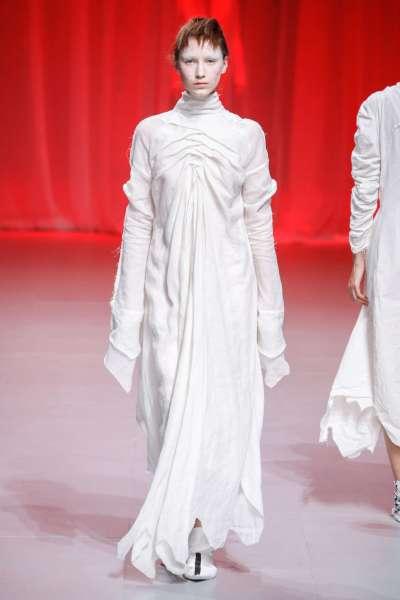 aganovich-fashion-week-spring-summer-2017-paris-womenswear-012