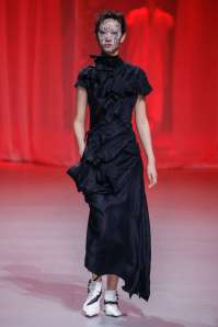 aganovich-fashion-week-spring-summer-2017-paris-womenswear-026