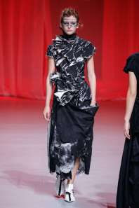 aganovich-fashion-week-spring-summer-2017-paris-womenswear-027