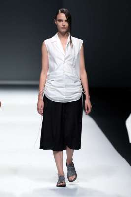 jarel-zhang-spring-summer-2017-shanghai-womenswear-catwalks-006