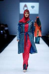 lusense-kd-and-hans-virgoro-spring-summer-2017-jakarta-womenswear-catwalks-003