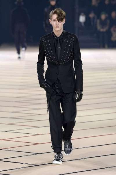 dior-homme-fall-winter-2017-paris-menswear-catwalks-008