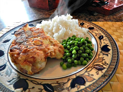 Chicken French served with rice and peas #easyrecipes