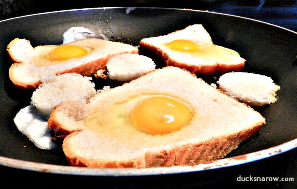 cooking eggs, egg recipes, Ducks 'n a Row