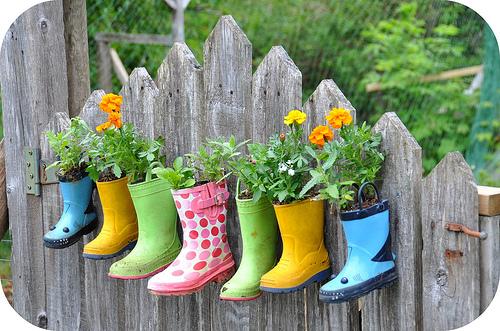 Garden boot planters