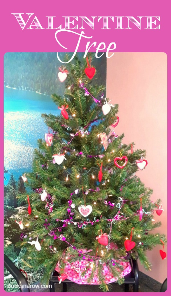 Don't take that tree down just yet - make it into a Valentine Tree! #ValentinesDay