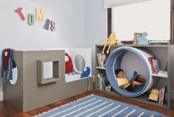 Reading tube your little ones will love to nestle into!