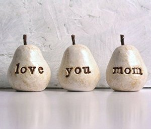 This handmade gift says Love You Mom in such a special way #ad