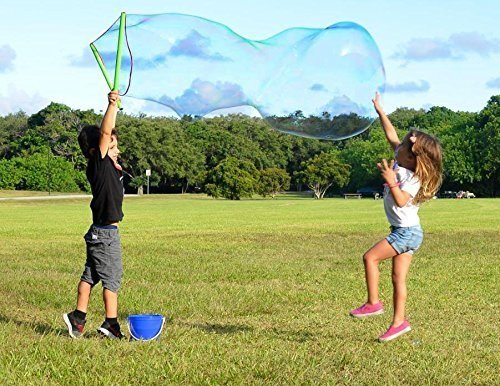 Giant bubble maker for big summer fun! #kids #ad