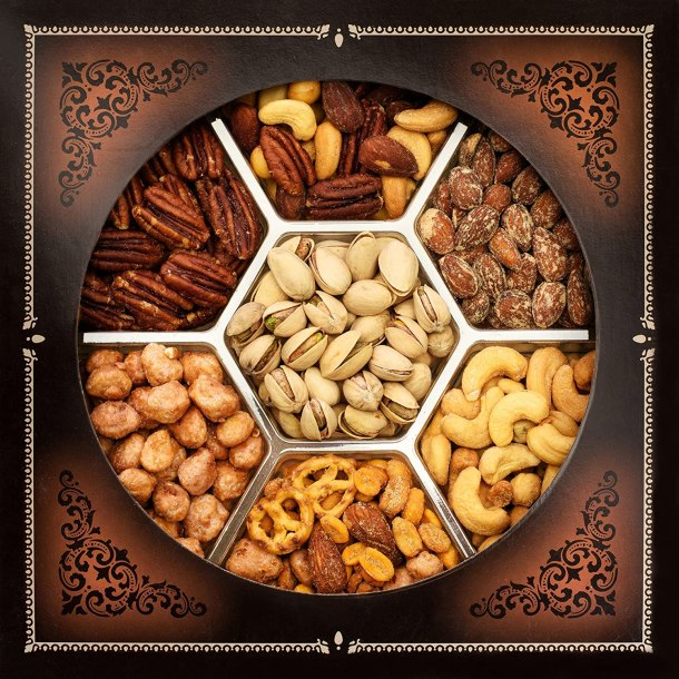 Mixed nuts basket for gift giving #Ad