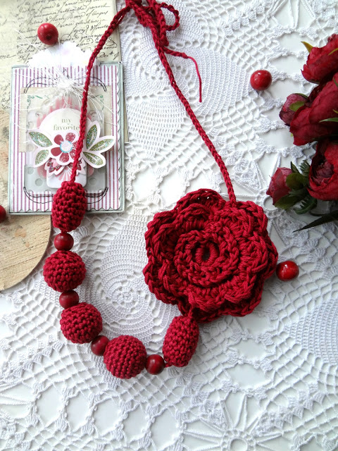 DIY flower bead necklace