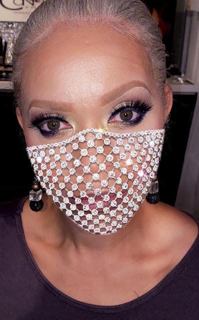Glamorous mask