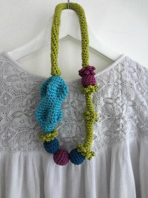 The freya crochet necklace